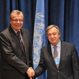 UNODC Executive Director Yury Fedotov (left) and UNHCR High Commissioner António Guterres (right)