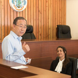 Secretary-General Ban Ki-moon at the Supreme Court Annex in the Seychelles. Photo: UN Photo/Mark Garten