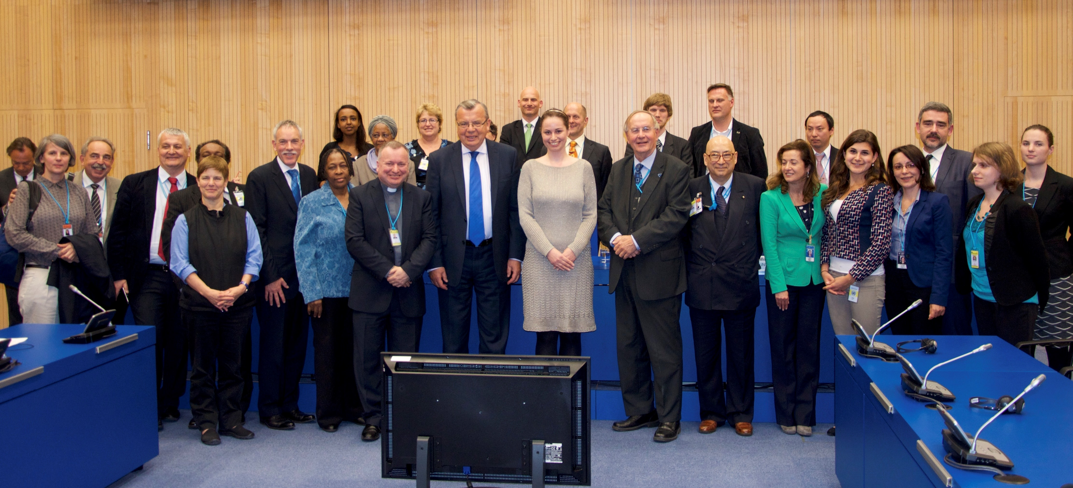 unodc resolution 10 years on from the adoption of the un trafficking in persons protocol (unodc the resolution also encouraged unodc to cooperate.